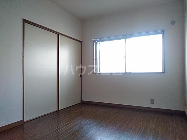 いづみマンション 205号室のリビング