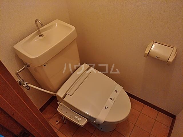 いづみマンション 205号室のトイレ