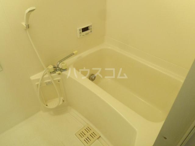 シャトレM 602号室の風呂
