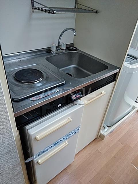 井野レジデンス 101号室のキッチン