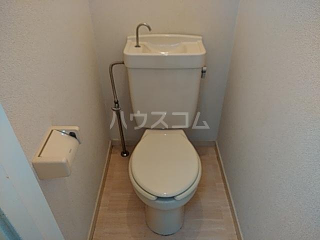 井野レジデンス 101号室のトイレ