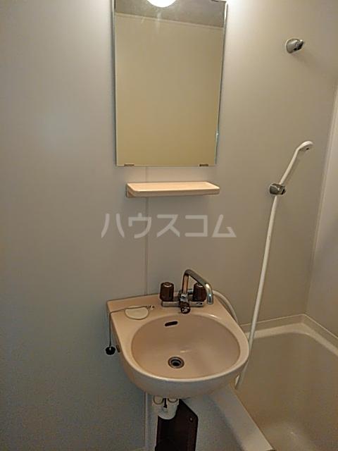 井野レジデンス 101号室の洗面所