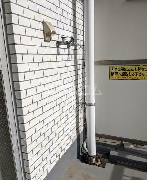 シャトレー笹塚 215号室のバルコニー