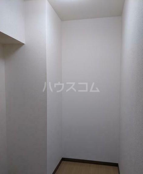 シャトレー笹塚 215号室の収納