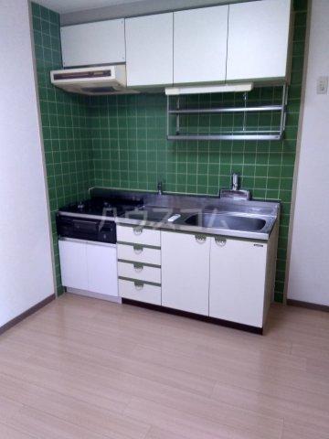 シャトレー笹塚 215号室のリビング