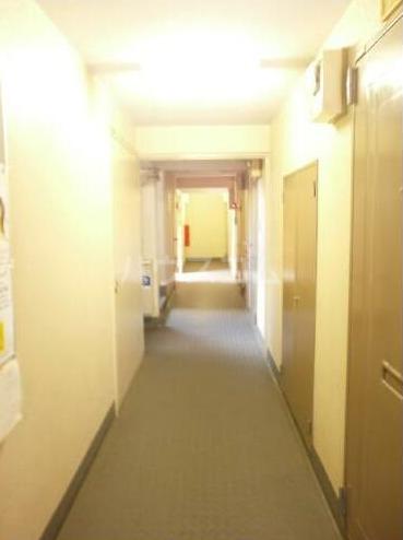 メゾン・ド・タンブール 208号室のロビー