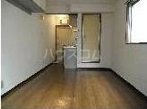 メゾン・ド・タンブール 208号室のリビング