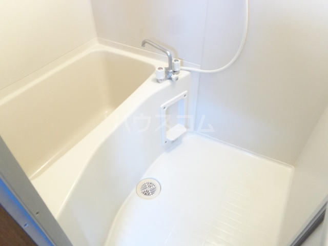 レジデンスカープ前橋 205号室の風呂