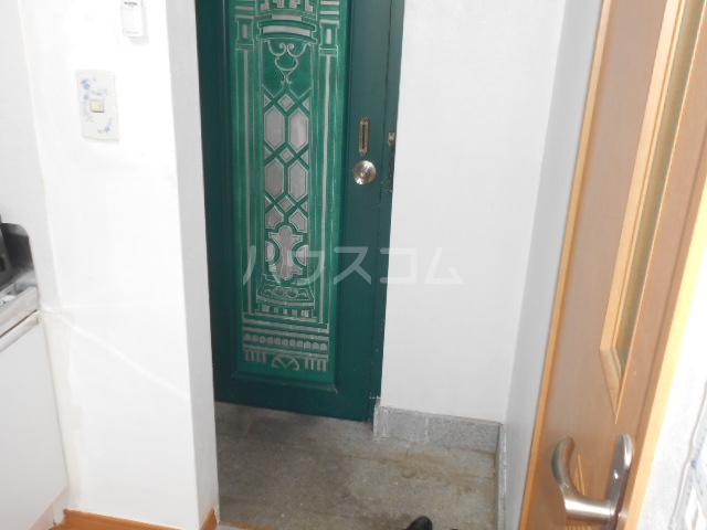 グレースメゾンⅠの玄関