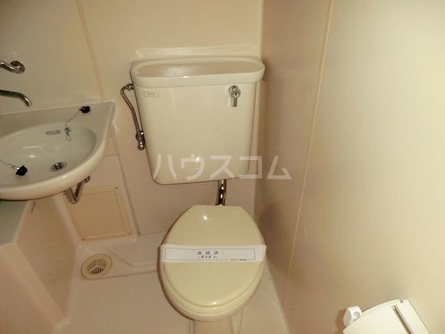 コーポ東海 107号室のトイレ