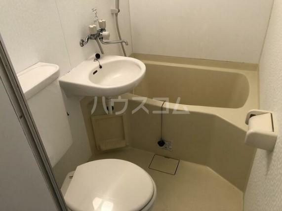 パールハイツ笹塚 408号室の風呂