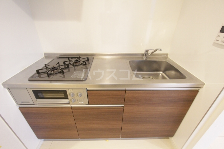 ル ロジュマン 105号室のキッチン