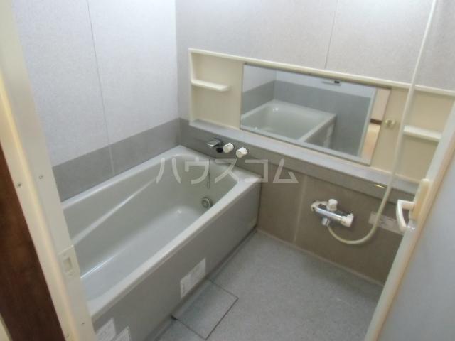 サンコート21ANJO 204号室の風呂