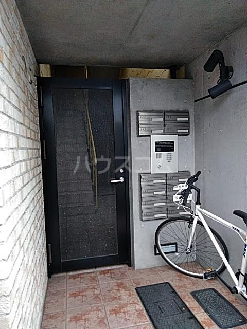 モデュロール中野新橋 0203号室のエントランス