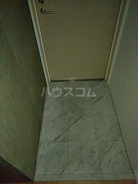 モデュロール中野新橋 0203号室の玄関