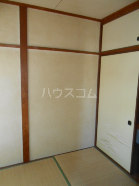 上中荘 3号室の居室