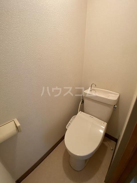 Gフォータン18 301号室のトイレ