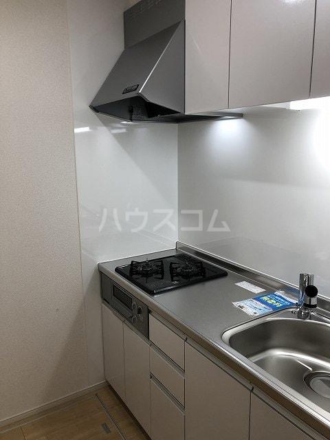 リバティー半崎 01030号室のキッチン