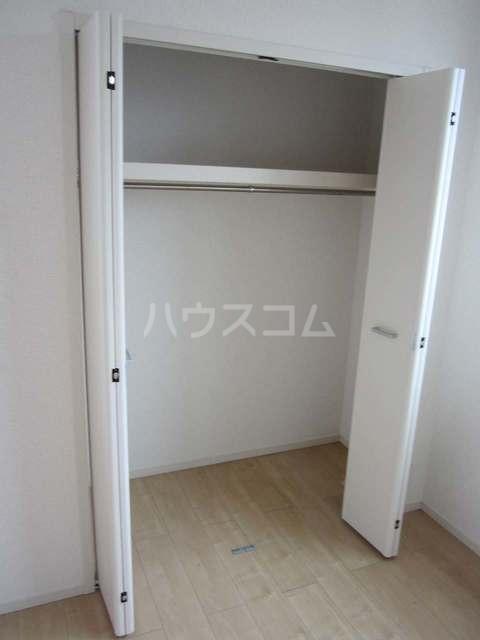 ラ・カーサ ラルーチェ高浜 02040号室の収納