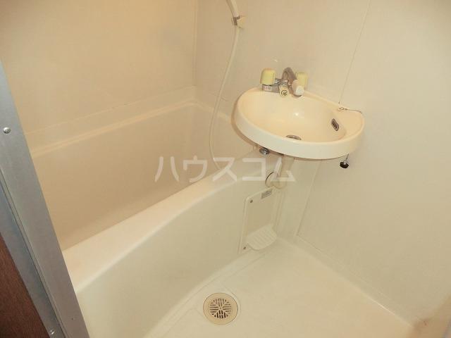 カトウハイツ 103号室の風呂