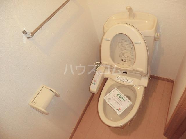 サニーブローテ住吉Ⅱ 02060号室のトイレ