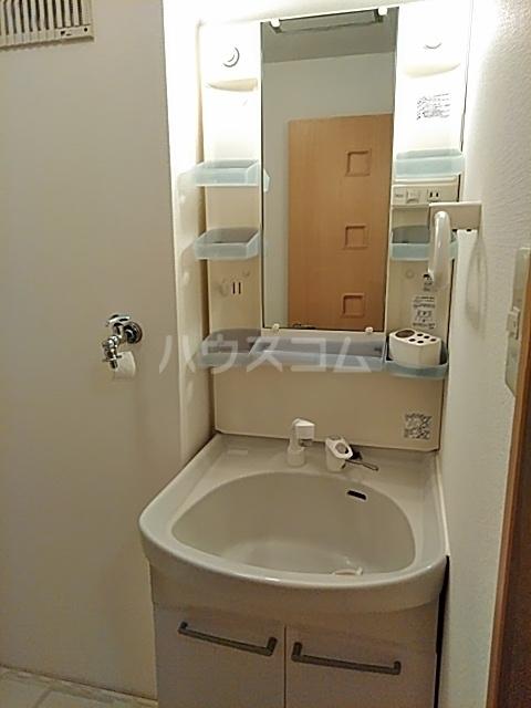 グリシーヌ上高田 202号室の洗面所