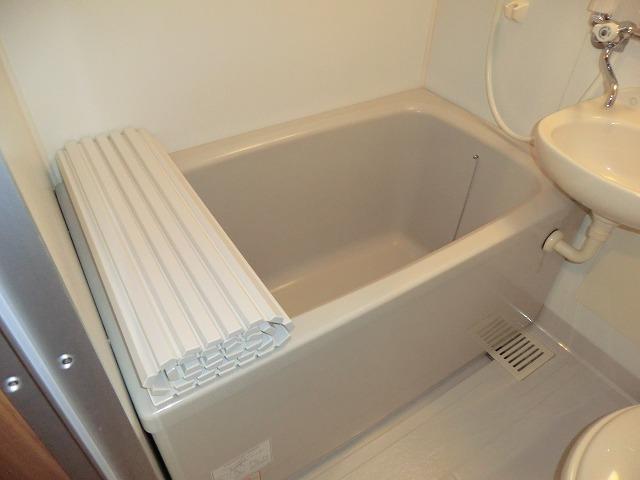キャロットK 2F号室の風呂