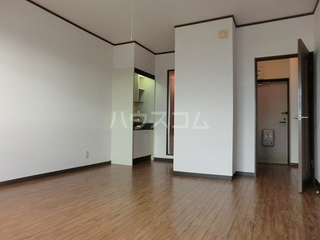 コーポアップル 110号室の居室