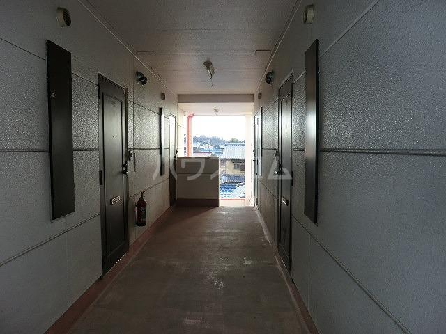コーポアップル 110号室のエントランス