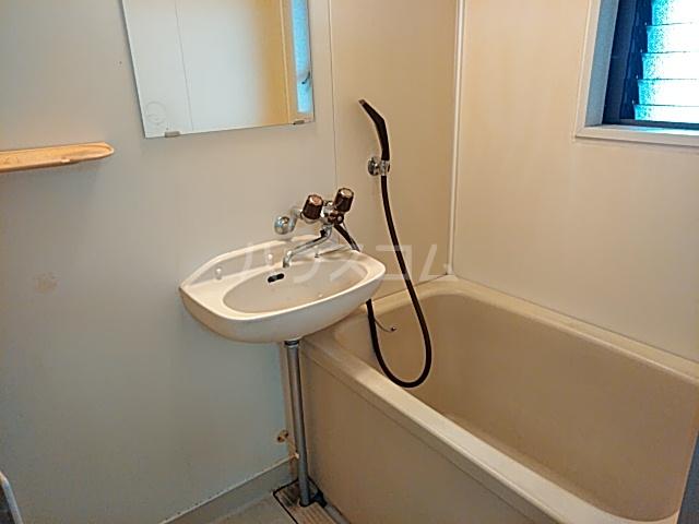 ハイツイレブン 203号室の風呂