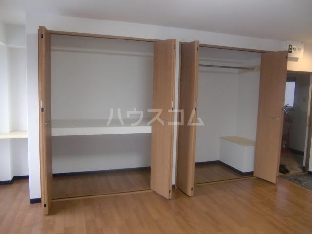 柏木ビル 2B号室の収納