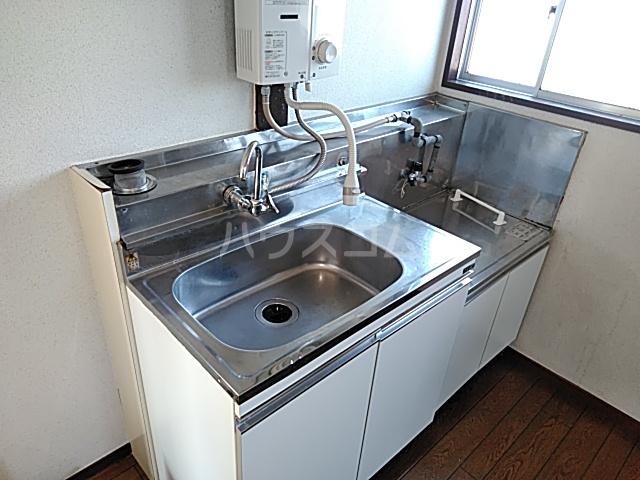 佐藤アパート 201号室のキッチン