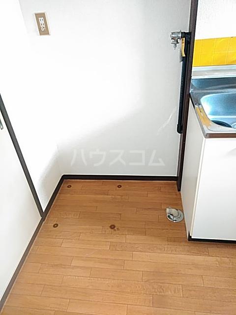 ハルハイツ 202号室のリビング