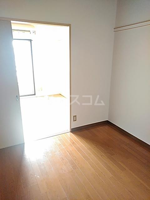 ハルハイツ 202号室の洗面所