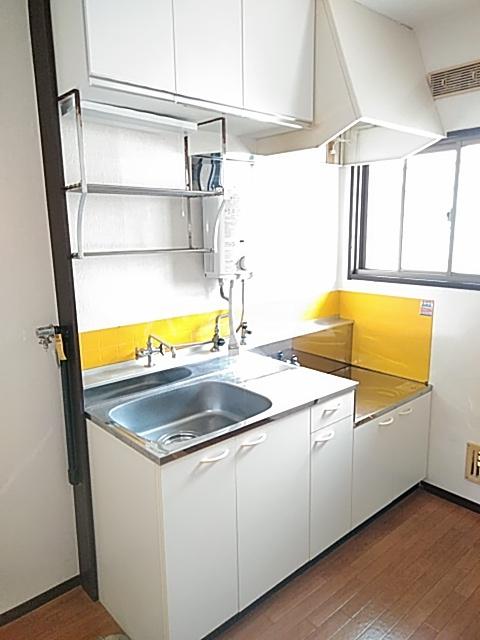 ハルハイツ 202号室のキッチン