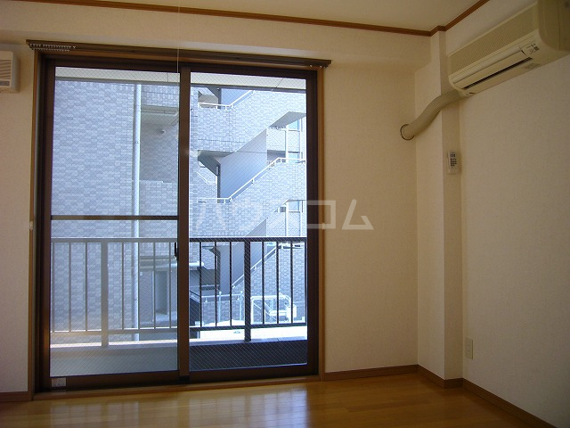 ライフモリ2号館 402号室の景色