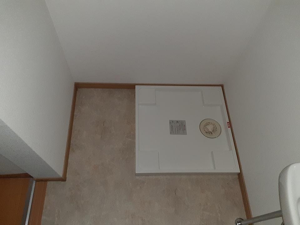 滝田荘 202号室のエントランス