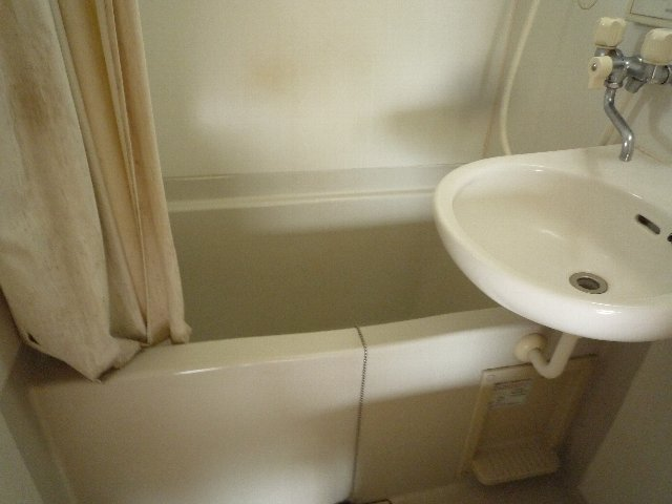 滝田荘 202号室の風呂