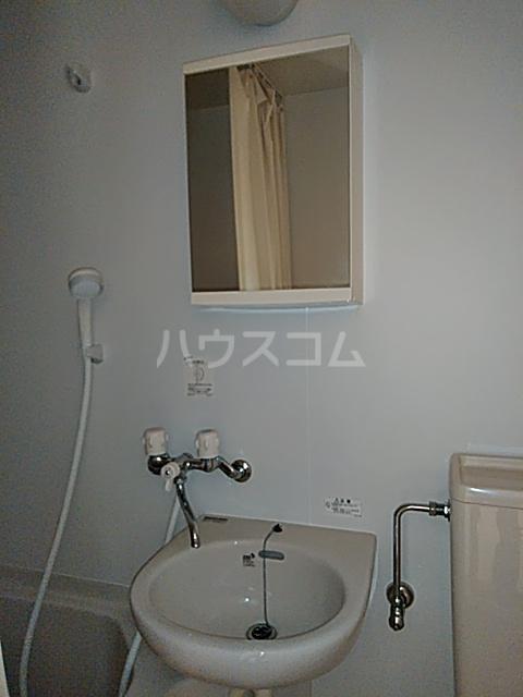 大津町A棟 2号室の洗面所