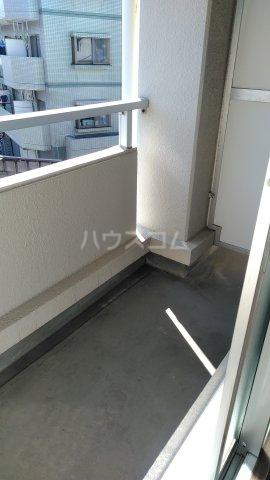赤穂ビル 303号室のバルコニー