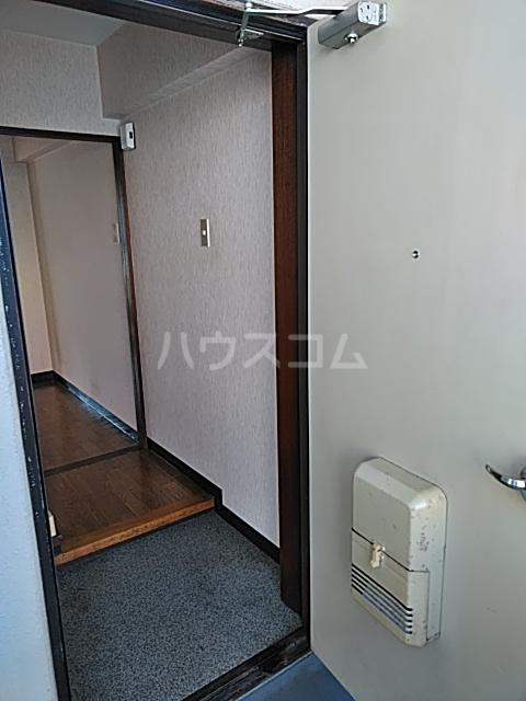 赤穂ビル 303号室の玄関