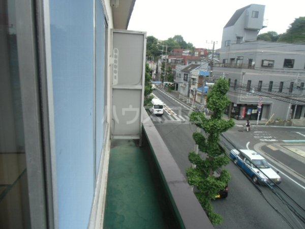 高田ビル 302号室のバルコニー