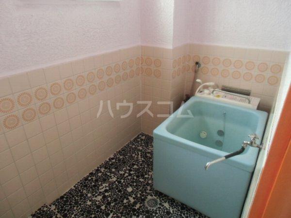 高田ビル 302号室の風呂
