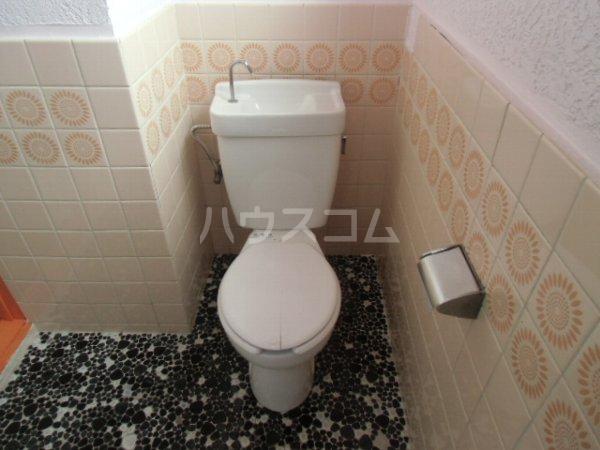 高田ビル 302号室のトイレ