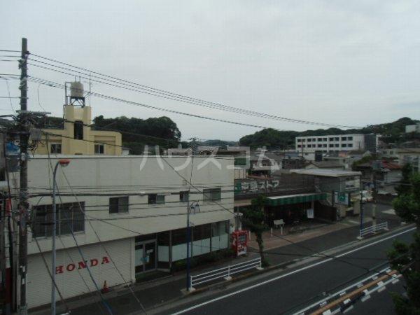 高田ビル 302号室の景色