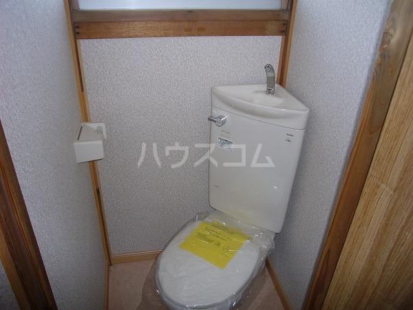 嘉山荘 202号室の洗面所