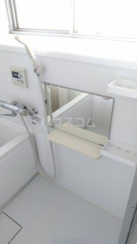 コーポつくし乃 203号室の風呂