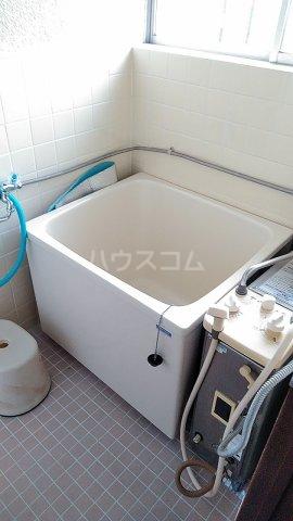 榎本アパート 201号室の風呂