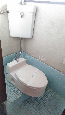 榎本アパート 201号室のトイレ