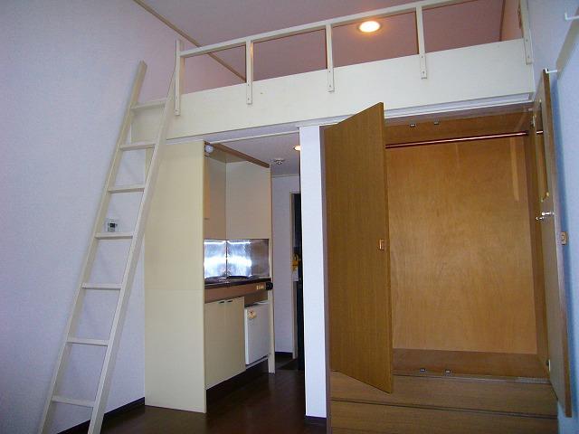 大津シーサイドパレス 109号室のリビング
